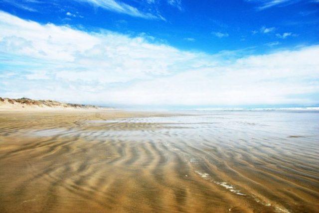 ninety-miles-beach-2