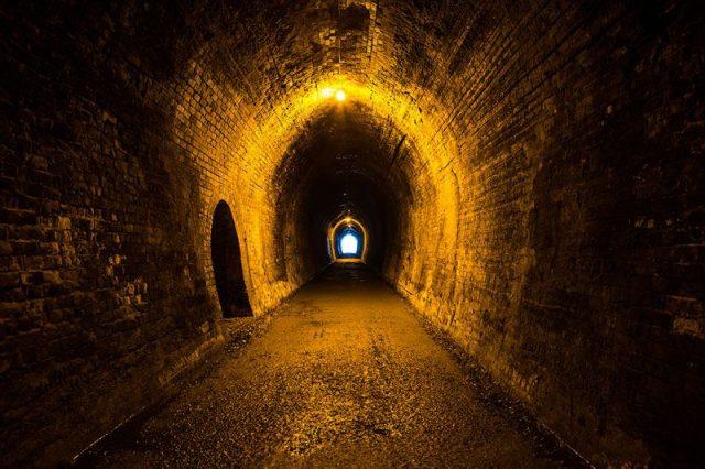 tunnel-karangahake-gorge