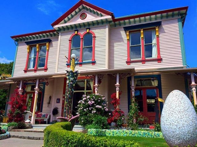 the-giants-house-the-giants-house-in-akaroa-places11