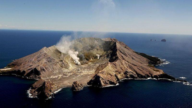 white-island-survol