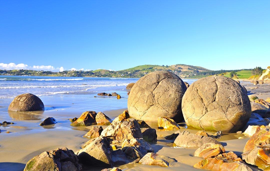 moeraki-boulders-plage