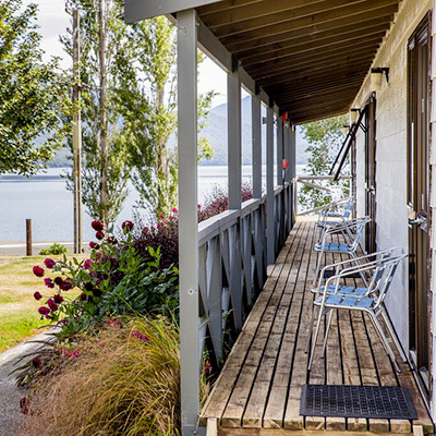 te-anau-kiwi-holiday-park-lakeview